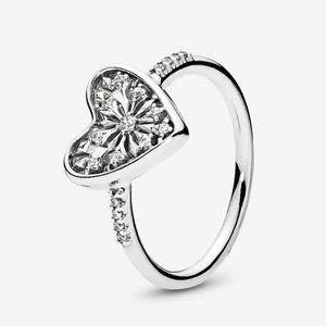 🍓Pandora Heart of Winter Ring, Clear CZ